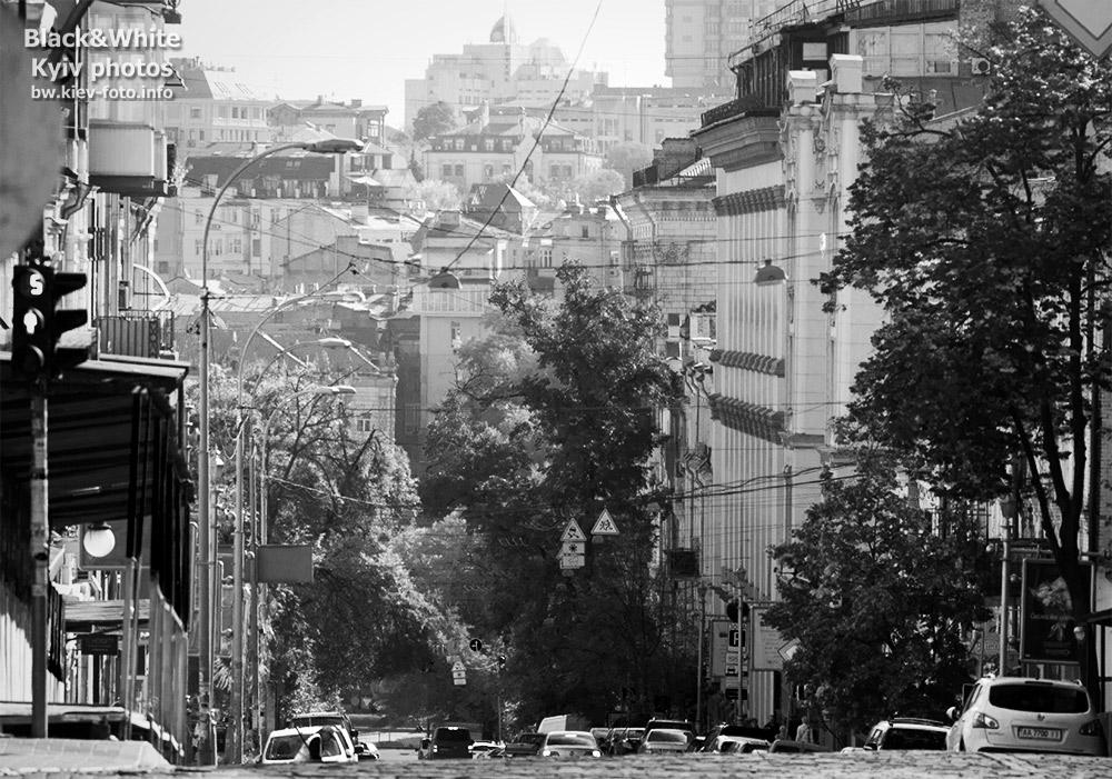 Спуск на Прорезную. Descent to Prorizna street