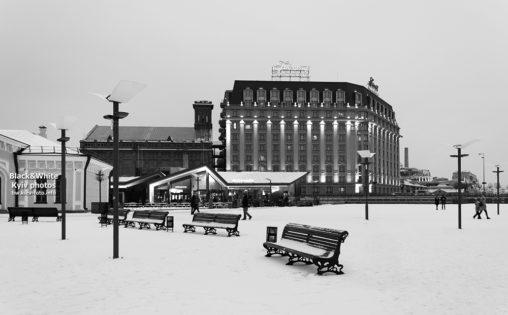 Зима на Почтовой площади