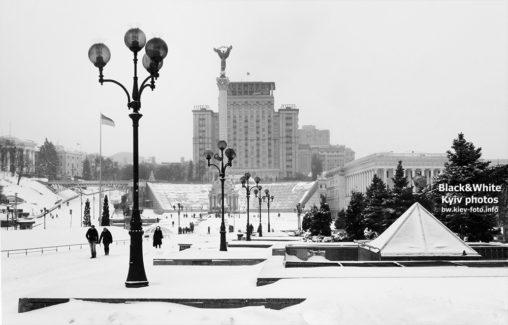 Заснеженный Майдан Незалежности. Snowy Maidan Nezalezhnosti