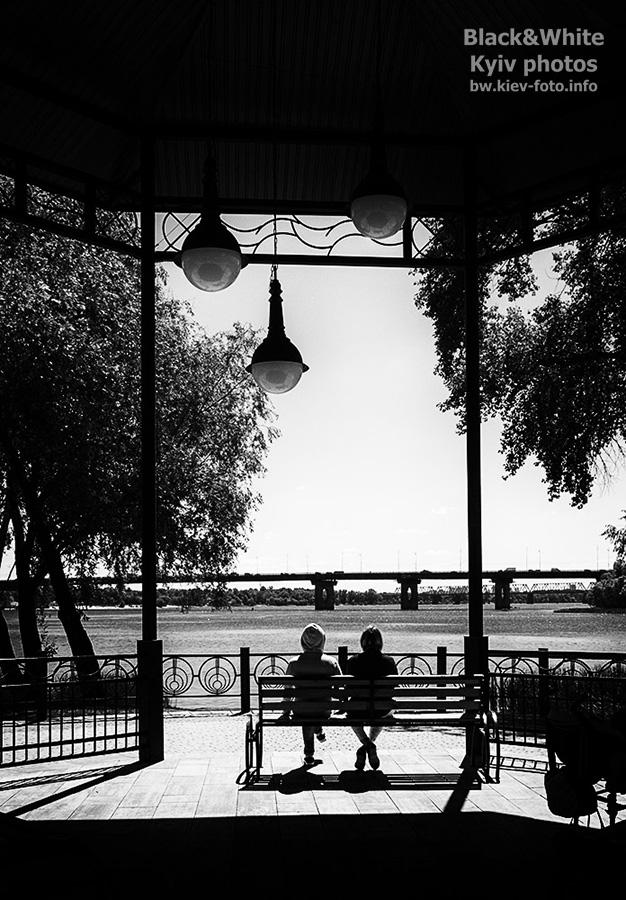 В беседке с видом на Днепр