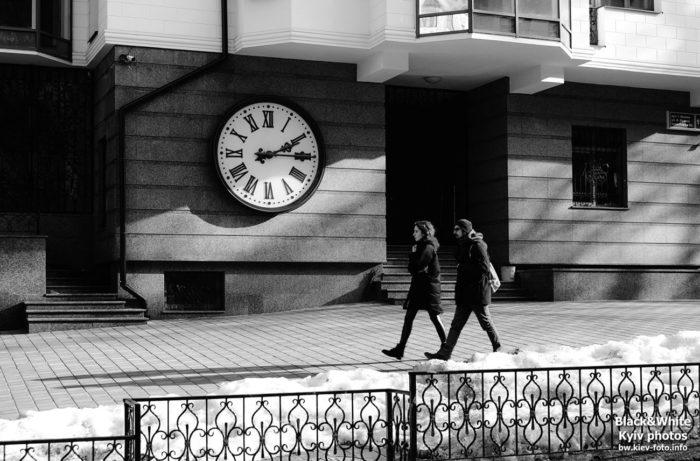 Часы на улице Франко