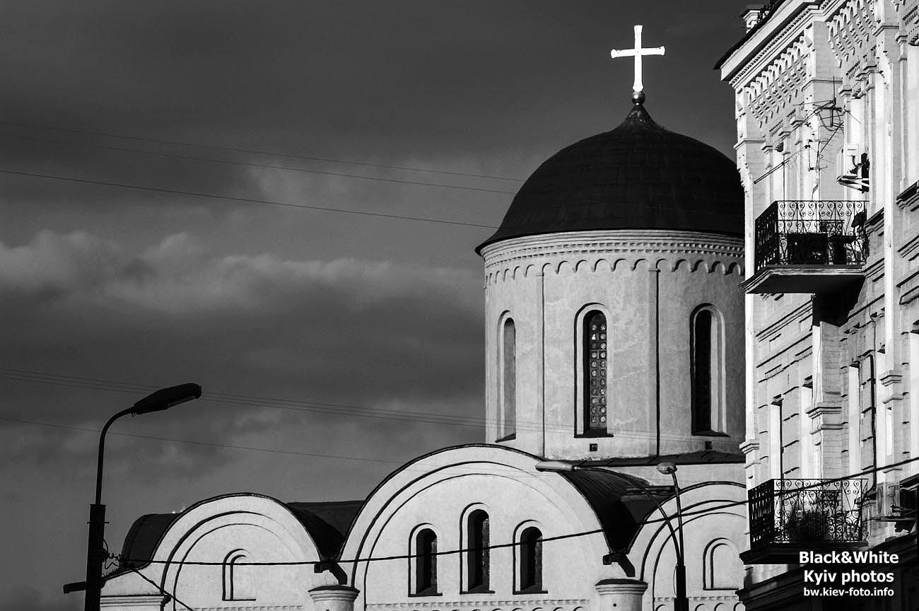 Церковь Богородицы Пирогощи на Подоле